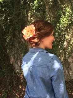 #flower #fiestyhair #bridesmaid #wedding #austin #weddingstylist #curls #updo #bun Updos, Curls, Nova, Bridesmaid, Flowers, Hair, Wedding, Up Dos, Maid Of Honour
