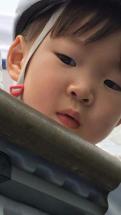 Cute Baby Girl, Cute Babies, Baby Kids, Korean Babies, Asian Babies, Triplet Babies, Superman Kids, Korean Tv Shows, Song Triplets