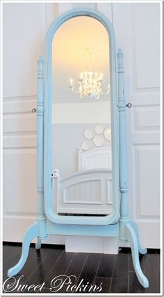 I need to do this to my old standing mirror and put it in my daughter's room - so cute!