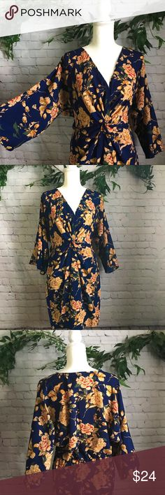 5276c767cb93 NWT Tall Kelly Floral Knot Front Kimono Dress Brand New Perfect Condition  Approx 34inches long
