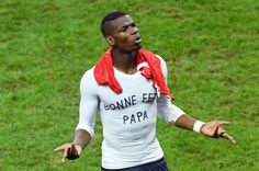 Manchester United get Pogba boost and more transfer rumours  Jose Mourinho wants Paul Pogba in his Man Utd midfield and Juventus' interest in one Jorge Mendes client is good news for the Old Trafford manager.  It is difficult to think of one Jorge Mendes client who has not been linked with Manchester United but the politicking and mischief-making of the transfer window could work to Jose Mourinho's - and Mendes' - advantage. Valencia midfielder Andre Gomes has recently reaped the benefits of…