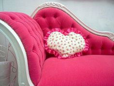 Cussion Heart Pink Sofa ^ w ^