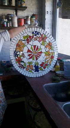 Crafts, Diy, Mosaics, Dishes, Mesas, Patterns, Flowers, Manualidades, Bricolage