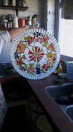 Crafts, Diy, Mosaics, Dishes, Mesas, Patterns, Flowers, Manualidades, Bricolage