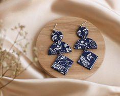 Handmade jewellery and home decoration by Curpic on Etsy Earrings Handmade, Handmade Jewelry, Handmade Items, Blue Earrings, Statement Earrings, Moon Earrings, Bubble, Boho Jewelry, Unique Jewelry