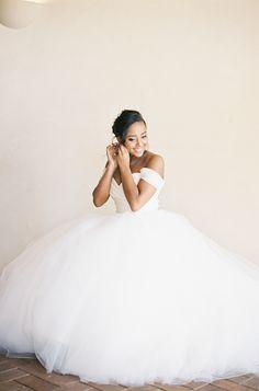 PHOTOGRAPHY BY MICHAEL RADFORD PHOTOGRAPHY | WEDDING DRESS BY LAZARO BRIDAL (STYLE #3108)