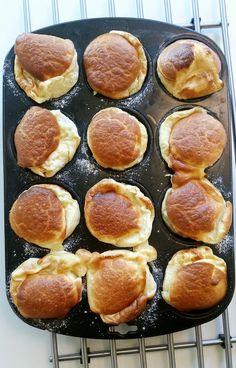 Ugnspannkaka som gräddas i en muffinsplåt och vips så har du pannkaksmuffins. Genialt! Första gången jag fick smaka på dessa var på ett knytkalas.