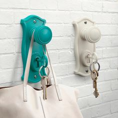 An upcycled project - fab idea of repurposing old handles. Its the little things that make your spaces zing!