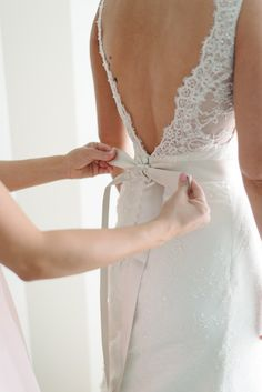 Ribbon back: http://www.stylemepretty.com/2014/08/14/romantic-pastel-military-wedding/ | Photography: Michelle Lange - http://loveandbemarried.com/