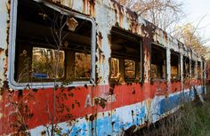 The Turboliner was a gas-turbine powered train used by Amtrak in the One of them is now sitting in an Indiana junk yard. Junk Yard, Gas Turbine, Dinosaur Bones, Detroit, Abandoned, Transportation, Left Out, Ruin