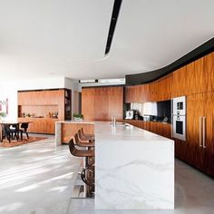 breathtaking kitchen in the River House my @mckarchitects  photo by Steve Back  have a lovely evening wonderful people!  __ get inspired follow @interior.hunter  __ #love #instagood #interiordesigner #interior444 #interior4all #followme #interior #interiordesign #interiorarchitecture #interiordesignideas #instadaily #interiorstyle #interiorlovers #interiordecorating #interiorandhome #interiorstyling #interiordetails #homedesign #homeinterior #homeinspiration #homedecor #homestyle…