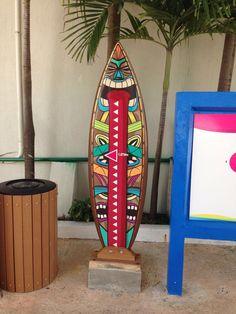 Tabla de surf decorada parque de diversiones