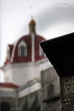 ColorShoot Photography >> DAILY PHOTO. Creative pictures. Colors, rain, cuetzalan, México.