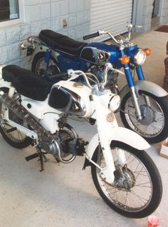 Honda C110 that showed up at our open house at the shop.Along side is a CD175.You don't see these bikes often.