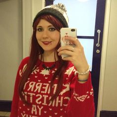 CHRISTMAS JUMPER TIMEEE!!  Can this count as 'person in a holiday sweater' AND 'all dressed up with somewhere to go?'  #fitgirlscavengerhunt