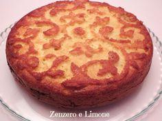 La torta morbida alla nutella è di una bontà incredibile. L'uso del formaggio cremoso nell'impasto gli conferisce una morbidezza unica e duratura.