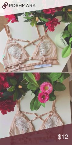 Lace Bralette Brand new light pink bralette with lace detailing in size medium. Fits an A/B cup. Forever 21 Intimates & Sleepwear Bras