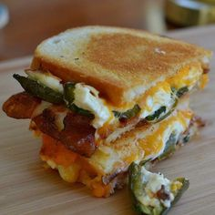 Jalapeno Popper Grilled Cheese Sandwich Ingredients 2 Jalapenos sliced lengthwise seeds and membranes removed 4 ounces cream cheese 4 slices bacon crispy cooked 2 slices monterey jack 2 slic… Jalapeno Poppers, Jalapeno Grill, Jalepeno Popper Grilled Cheese, Cheddar Cheese, Cheese Dips, Cheese Plates, Cheese Ball, Grilled Cheese Recipes, Cream Cheese Recipes