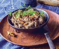 Čočková paštika nejen pro vegany | Recepty Albert Veg Recipes, Low Carb, Beef, Cooking, Yum Yum, Food, Dan, Diet, Vegetarian Recipes