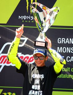 Valentino Rossi dedicates his CatalanGP win to Luis Salom