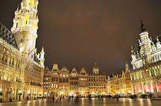 Grand Place de Noche