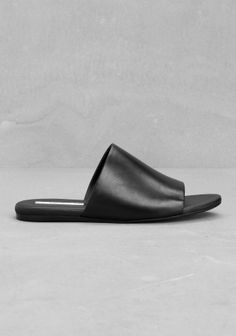 LYKKE LI Classic and sophisticated slip-in sandals crafted from leather. Summer Legs, Boots Online, Leather Craft, All Black, Fashion Shoes, Slippers, Footwear, Loafers, Slip On