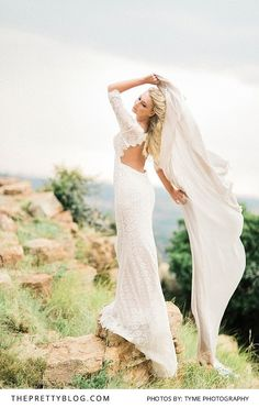 A Detailed Lace Backless Wedding Dress   Photography by Tyme Photography   Dress by White Lilly Bridal