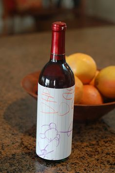 Great gift idea for .My daughter drew a picture for her dad and then we glued the seam! Diy Birthday Presents For Dad, Birthday Present Dad, Happy Birthday Signs, Husband Birthday, Birthday Ideas, Wine Bottle Crafts, Wine Bottles, Valentines For Daughter, Contemporary Cottage