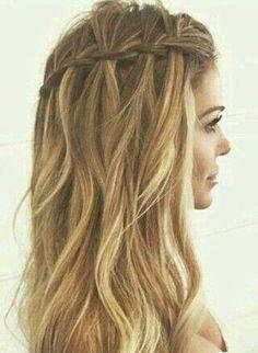 Os 7 penteados mais procurados para o verão: Trança lateral intercalada