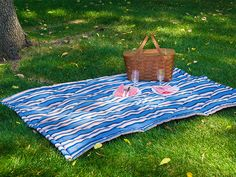 DIY Quilted Picnic Blanket plus, a tip on how to make it not blow away! - All Sailrite parts and accessories available in Europe from www.solentsew.co.uk (Sailrite's only European distributor)  #solentsew