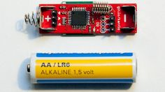 One of the great things about the Arduino is that it's totally open source so you can make your own variations on it. Case in point, DIYer Johan Kanflo's AAduino, which comes in at the size of a AA battery. Diy Electronics, Electronics Projects, Arduino Clone, Journal Du Geek, Electronic News, Robotics Projects, Arduino Board, Raspberry Pi Projects, Thing 1