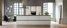 Tinta By Tinta, you can change the look of your kitchen, if you're in the mood for you Danish Kitchen, New Kitchen, Kitchen Decor, Kitchen Island, Design Your Kitchen, Quality Kitchens, Design Moderne, Cuisines Design, Apartment Kitchen