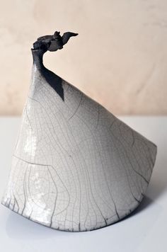 Sculpture céramique en raku - Victoire