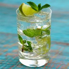 """""""FAUX""""JITO  You can prepare this low-cal cocktail in 2 minutes, says Emilie Yount, editor of Recipe4Living.com. For one serving, you'll need: three or four mint leaves, a lime wedge, 1 oz. white rum, diet lemon-lime soda (such as Sprite Zero, Diet Sierra Mist, or Diet 7-Up), ice, and sugar (just for the rim of the glass!)."""