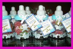 Kit para Chá de bebê  15 mamadeirinhas  15 latinhas  15 sapatinhos  Todos vão recheados com guloseimas R$ 140,00