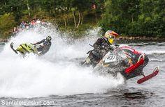 Watercross in Inari in Lappland – Mit dem Schneemobil auf dem Wasser fahren