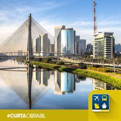 """A cidade brasileira mais influente mundo afora tem em seu brasão o lema perfeito: """"Não sou conduzido, conduzo"""".  Essa frase é ou não 'a cara' de Sampa? #CurtaOBrasil"""