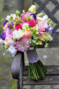 Bridal Flowers, Flower Bouquet Wedding, Floral Wedding, Beautiful Flowers, Bride Bouquets, Floral Bouquets, Beautiful Flower Arrangements, Floral Arrangements, Bridal Shower Decorations