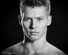 Foto: Paul van der Linde    Model: Alexander Axt (Germany)