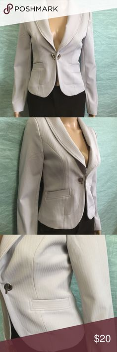 Fashion Clinic Blazer Used few times in excellent condition. Business or pleasure choice is yours. Excellent with work pants or skinny jeans. Slightly padded shoulders. Armpit to armpit 16 inches. Length 20 inches. Size 36 (I'd say it's extra small) light gray color. Fashion Clinic Jackets & Coats Blazers