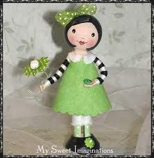 Clothespin Doll.  Love!