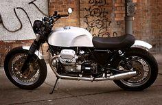 like the seat on this custom moto guzzi motorcycle