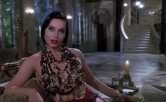 Death Becomes Her (1992) - Isebelle Rossellini