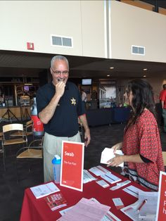 We are happy to be at the #BattleofTheBadges with the American Red Cross. We even got Nashville Sheriff, Daron Hall to swab.