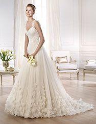 Pronovias te presenta el vestido de novia Ondina. Glamour 2014. | Pronovias