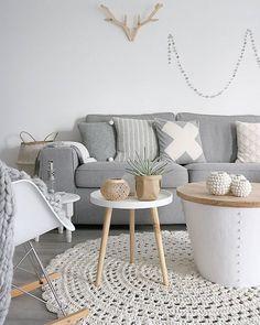 Fijne avond ♡  #home #myhome #interieurstyling #interior4all #interieur #white #grey #wood #scandinavian #loods5 #loods5inhuis #flairnl #bybazz