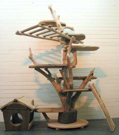 【 オリジナル大型流木キャットタワー 】(寸法は定規がある画像の向きの最大値です。)・キャットタワー本体 高さ 2m5cm 巾 125cm 奥行き95cm・は...|ハンドメイド、手作り、手仕事品の通販・販売・購入ならCreema。