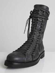 5d4dcacd729c Лучших изображений доски «Обувь»  58   Boots, Fashion shoes и Shoe boots