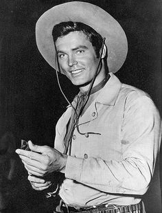 Ty Hardin as 'Bronco Layne' born has died at age 87 from failing health on Old Western Movies, Western Film, Old Tv Shows, Movies And Tv Shows, Tv Westerns, The Lone Ranger, Old Movie Stars, Cinema, Thing 1