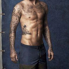 http://cdn.starflash.de/bilder/tattoos-beckham-313992.jpg